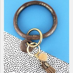 Jewelry - Gold Crackled Faux Leather Tassel Bangle Keychain